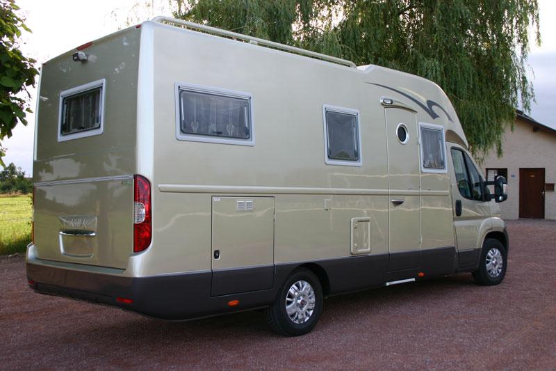 Mercedes Sprinter 4x4 >> Reisemobilkabinen für den Individualausbau von Wohnmobilen