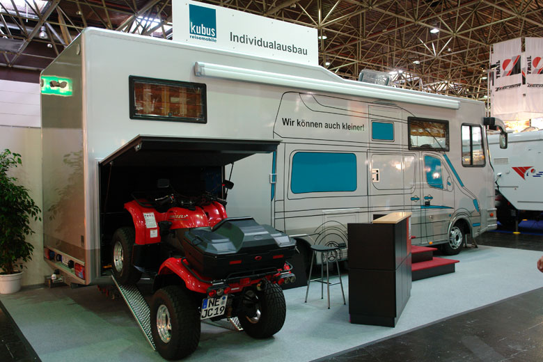 bildergalerie individuelle wohnmobile reisemobile. Black Bedroom Furniture Sets. Home Design Ideas