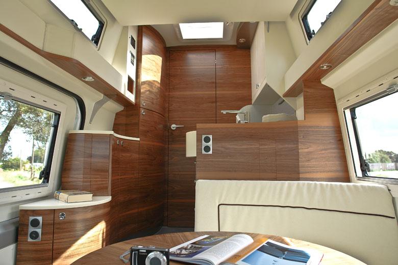 Individualausbau der innenr ume f r wohnmobile und reisemobile for Innenraumdesign studieren