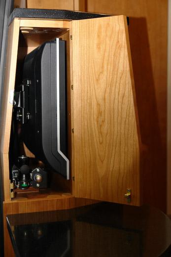fernseher im schrank moderne mobel online nice m bel. Black Bedroom Furniture Sets. Home Design Ideas